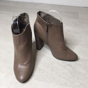 Breckelle's Booties Sz 7.5 Taupe Lisa-11 Shoes